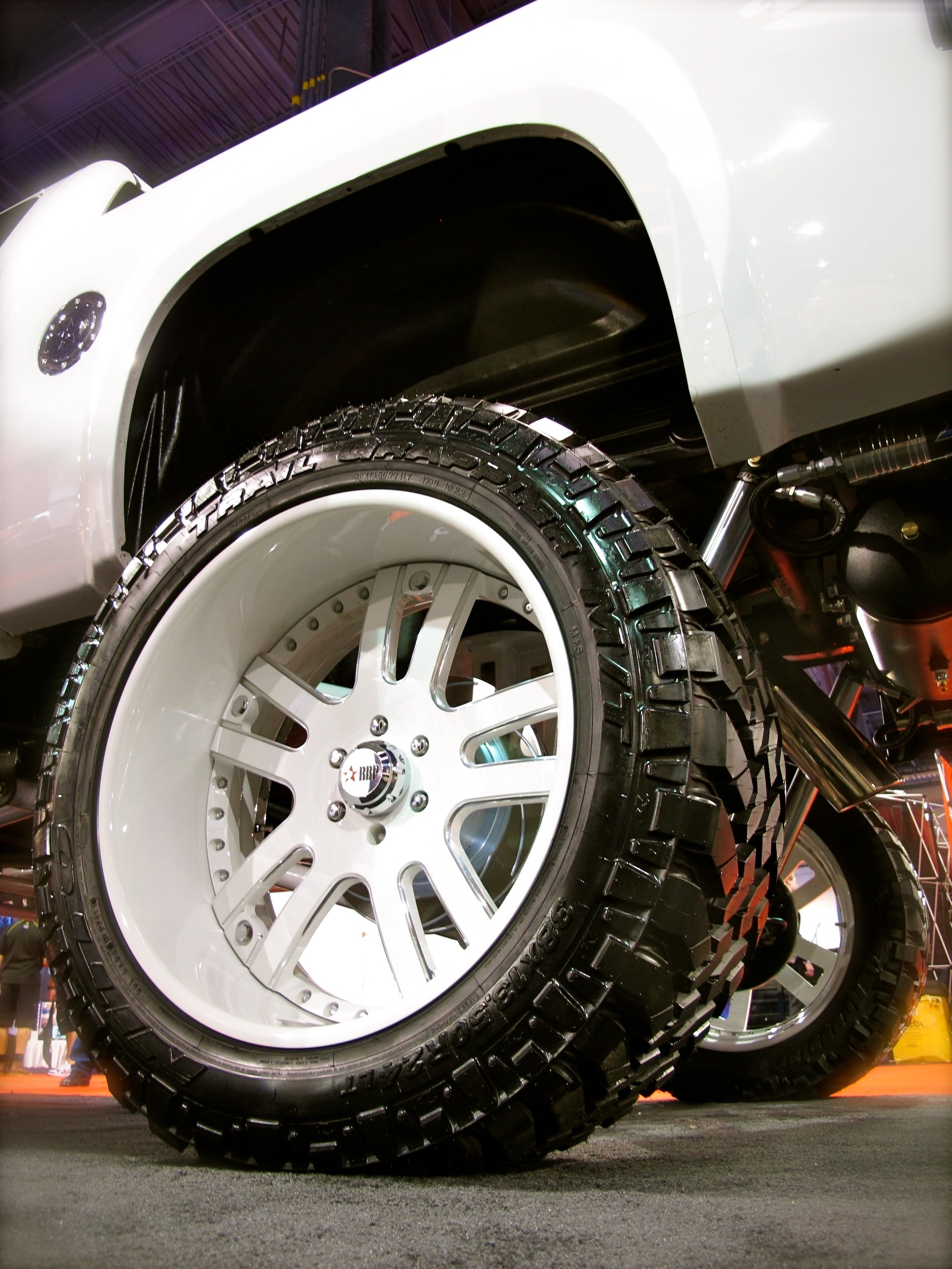 20 Inch Low Profile Mud Tires